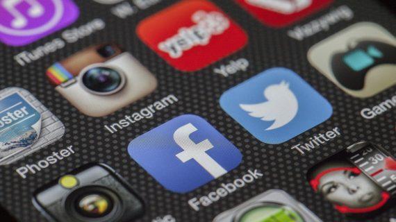 Cara Memanfaatkan Facebook Untuk Menghasilkan Uang